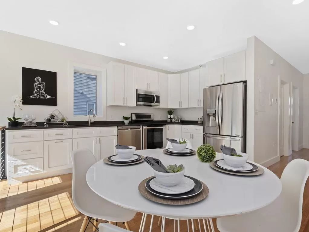 kitchen4 E+ Colonial Avenue
